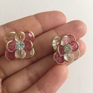 Vintage Avon Crystal Pink/W Petal Flower Earrings